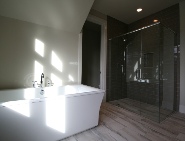B14-Luxury-Master-Bathroom-Calgary-750x570.jpg