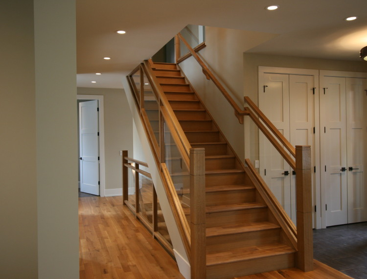 I39-contemporary-staircase-calgary-750x570.jpg