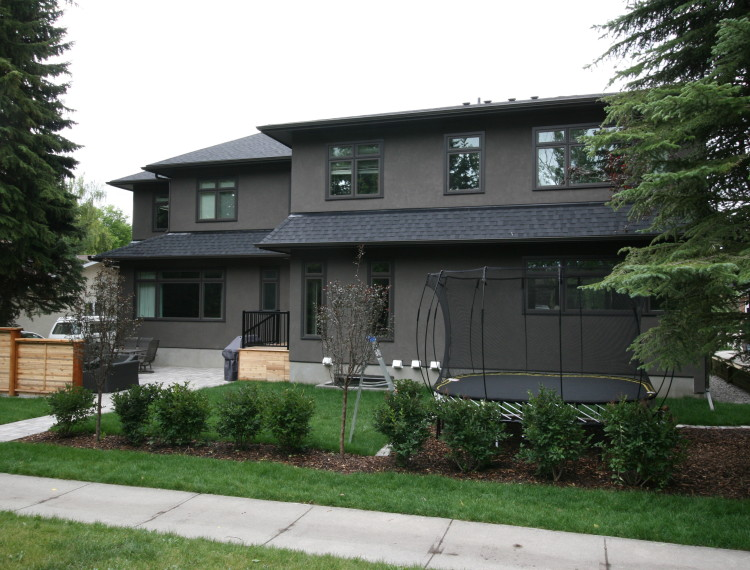 E21-calgary-custom-home-amazing-landscaping-750x570.jpg