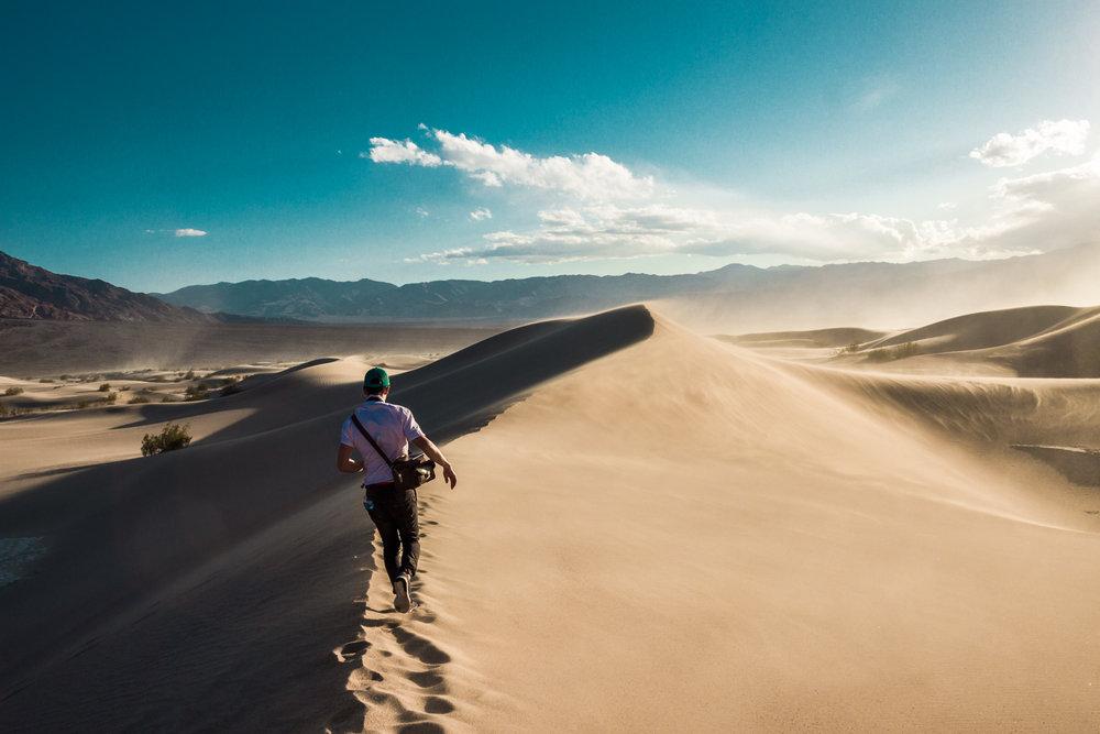 2_Vianey-Death-Valley_Joseph-Barber-Photography.jpg