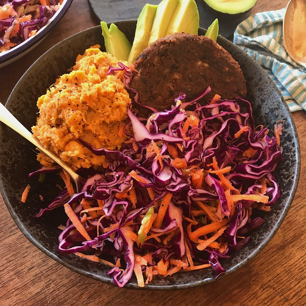 BBQ NUT BOWL WITH ALMOND BUTTER MASH AND A ZINGY SLAW