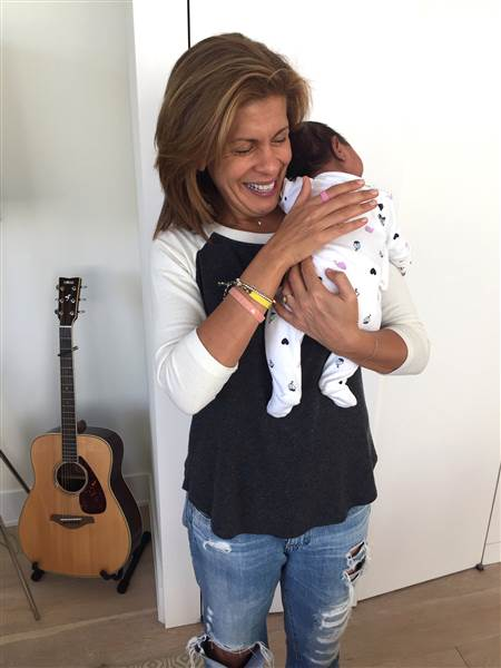 hoda-baby-haley-joy-inline-today-170221_66f1d5f60b1922cdff3ffee2df26ce79.today-inline-large
