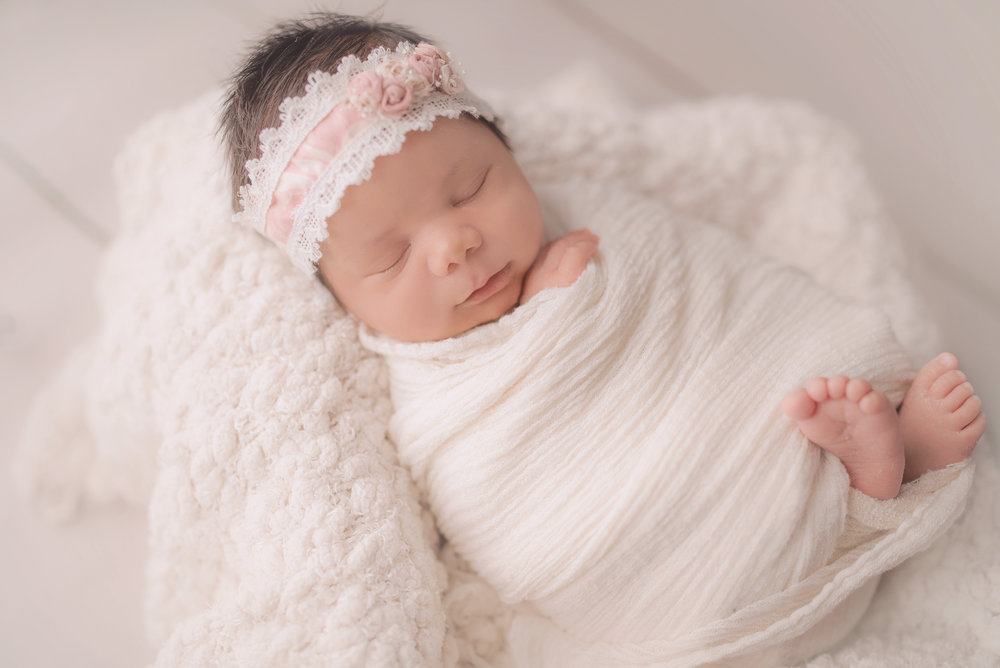 Elin - Newborn Session