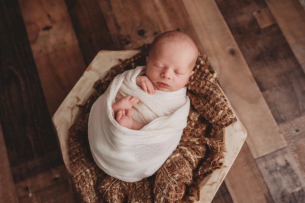 Best Newborn Photographer in Warner Robins, Georgia