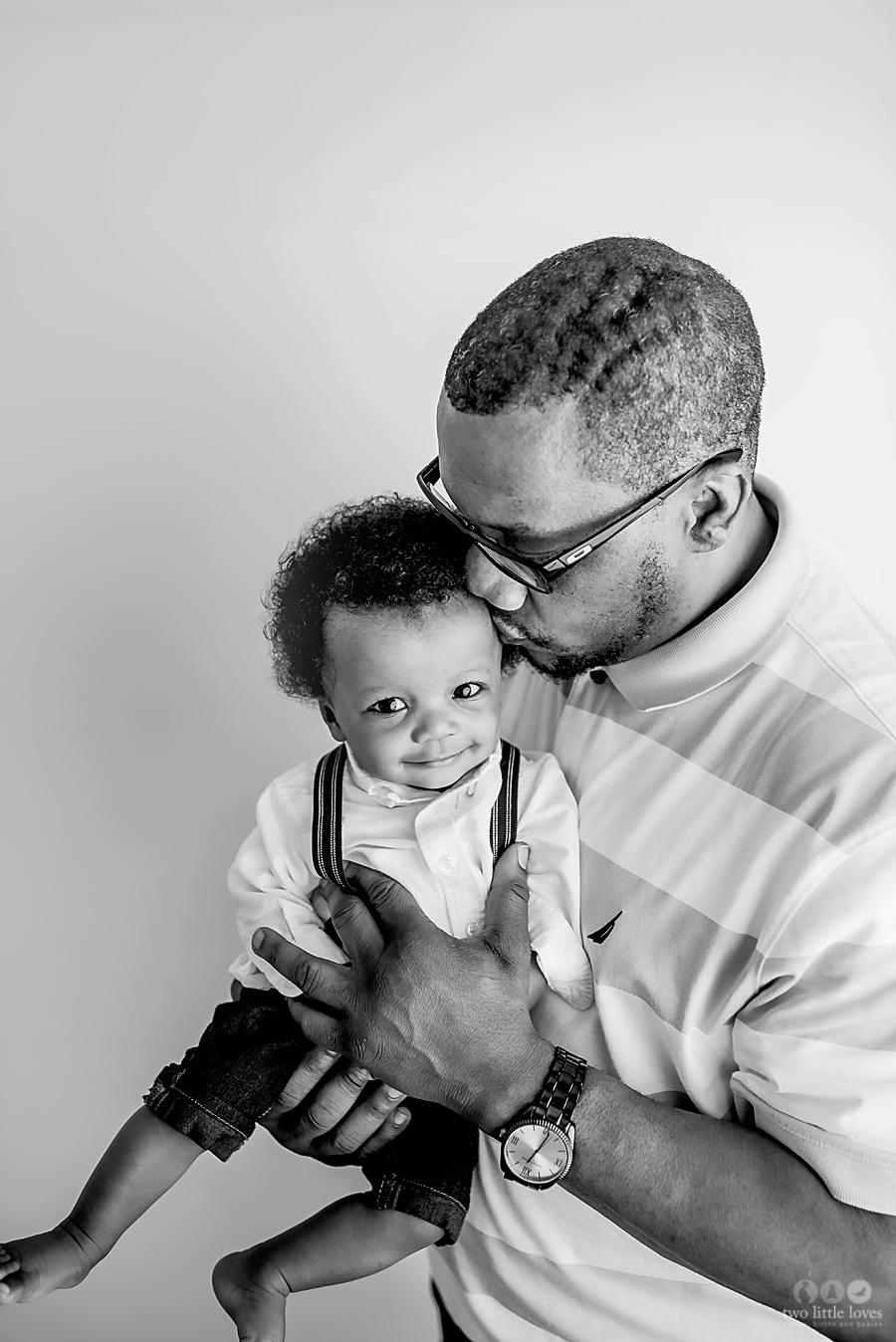 Dad-and-Baby-Warner-Robins-Photography-Studio.jpg