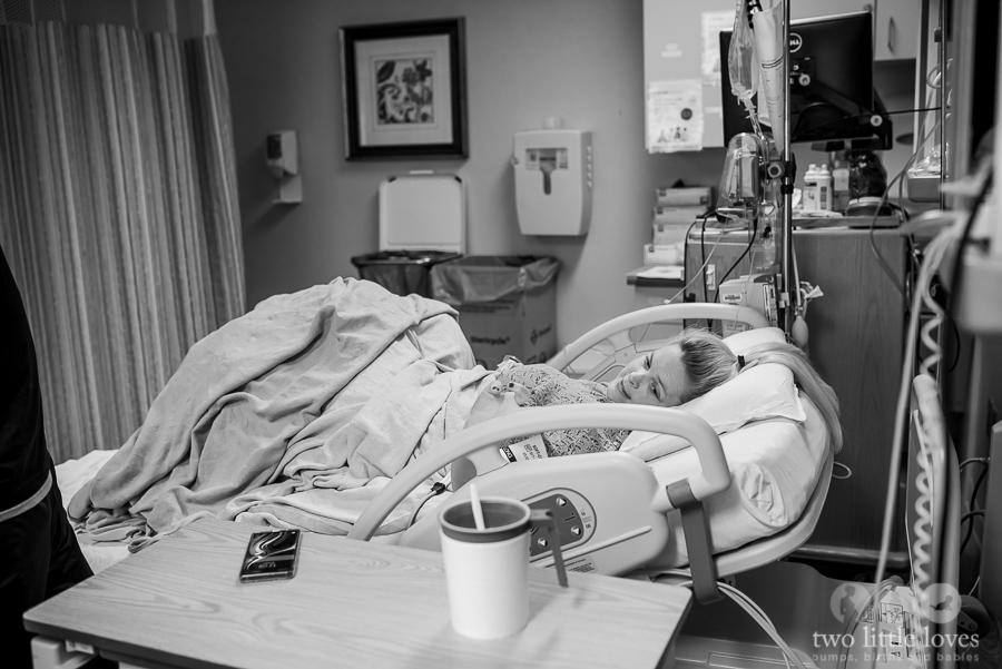 Birth_Photographer_Warner_Robins_Hospital08.jpg
