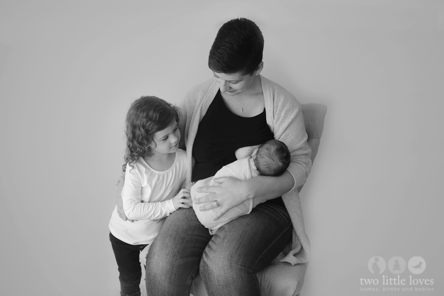 A Tandem Breastfeeding & Newborn Session_Warner_Robins_Georgia_Newborn_Photography00.jpg