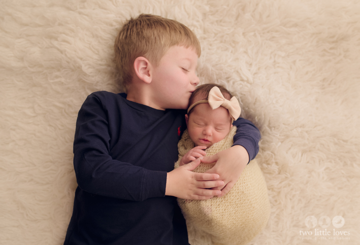 Sibling_Photo_Newborn_Photography_Studio_Warner_Robins_Baby_Girl0.jpg