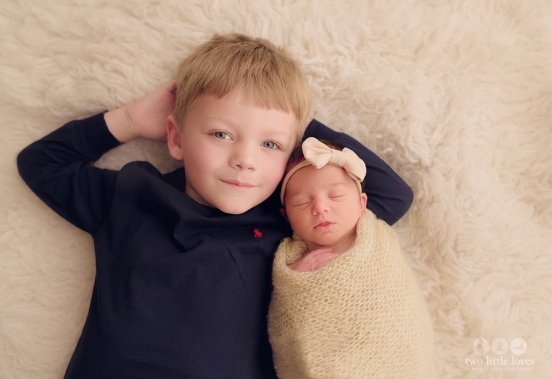 Sibling_Photo_Newborn_Photography_Studio_Warner_Robins_Baby_Girl1.jpg