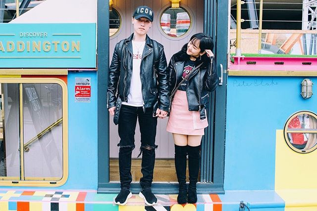 Khoảng cách giữa hai thế giới và khoảng cách địa lý chắc là hai khoảng cách dài nhất cho tình yêu. Vậy nên chỉ mong cuộc sống được bình yên, không gặp quá nhiều khó khăn để em và anh được bên nhau đi tới cuối cuộc đời này. #love #couplegoals #couple #relationshipgoals #paddington #london