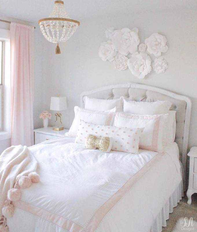 Credit to  @summeradamsdesigns    https://summeradams.com/tween-girls-bedroom-blush-gold-grey/