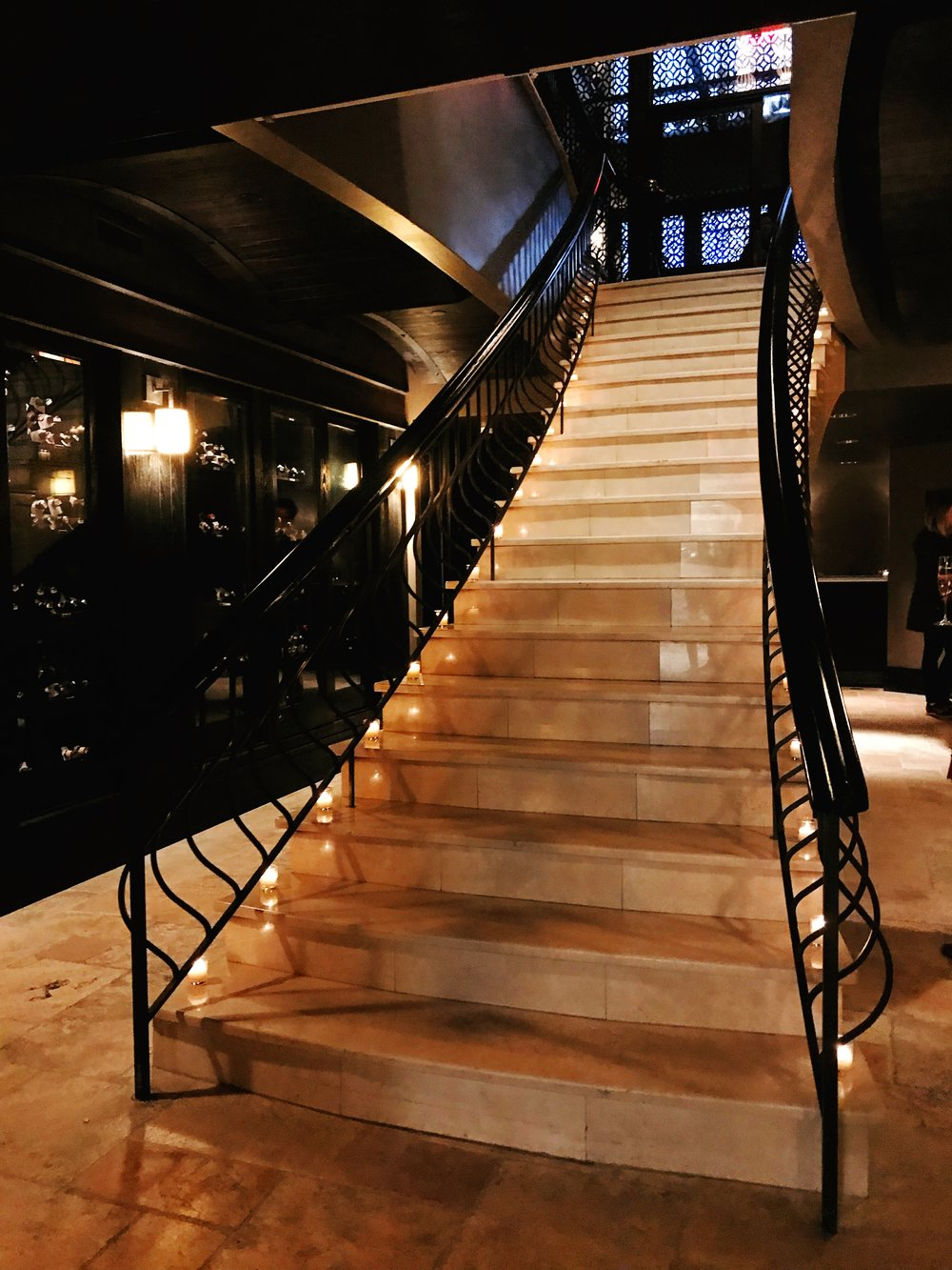 a v gossip girl moment coming down this stunning staircase -