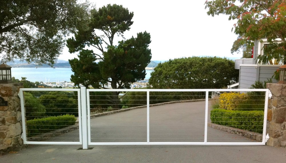 CABEL ENTRY DRIVEWAY GATE