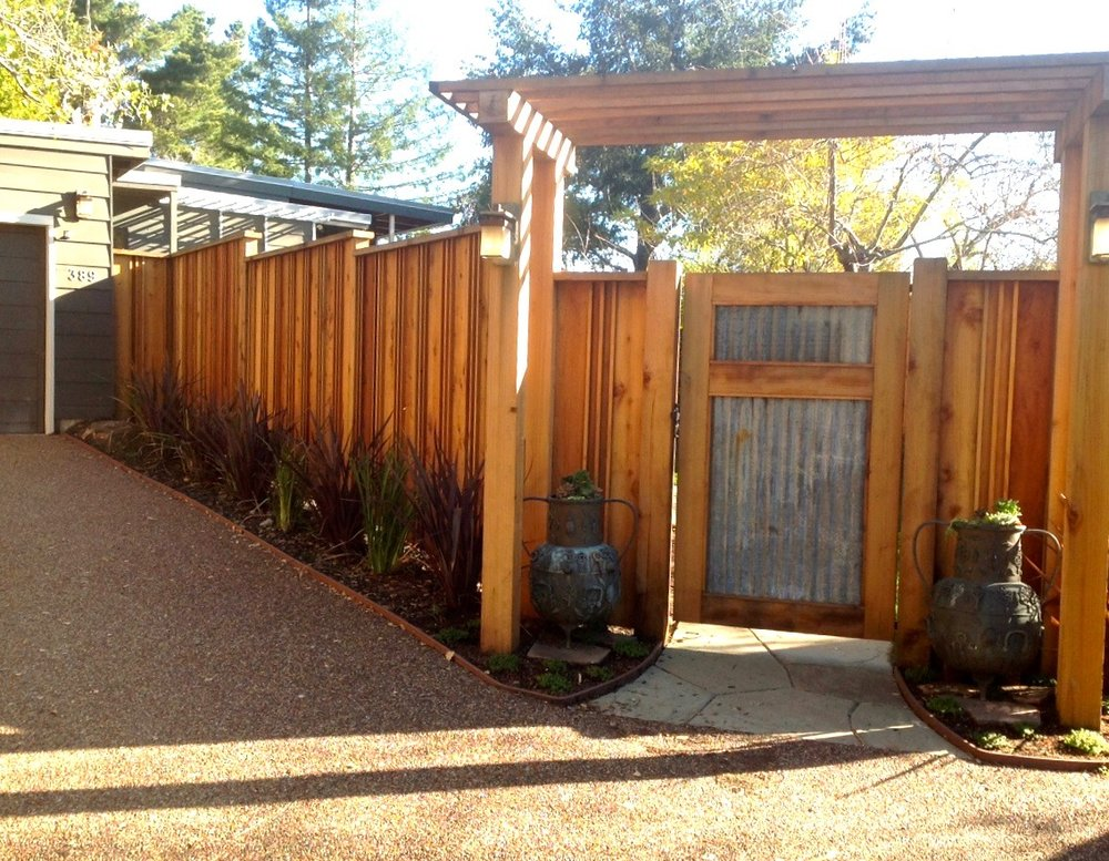 CORRUGATE: RDWD GATE