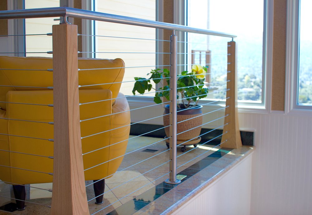 CUSTOME WOOD AND STAINLESS STEEL CABLE RAILING