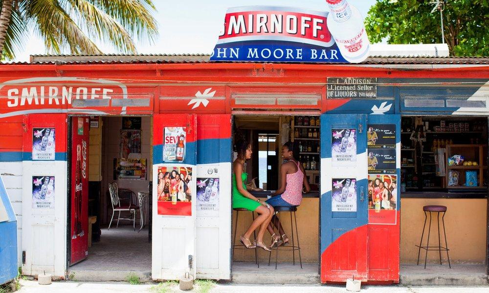 -John Moore Bar in St. James