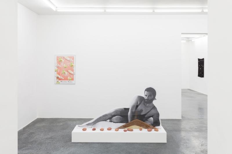 Anthea Hamilton , Karl Lagerfeld Bean Counter , 2012