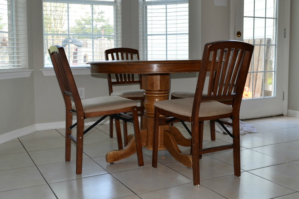 chalk paint dining room table. You will not believe what this table looks like now  Check out how I scored Chalk Paint Dining Table Makeover and A Big Mistake To Avoid