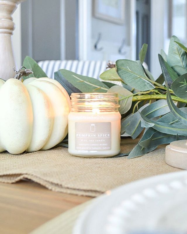 This little beauty is going to steal the show at Thanksgiving this year. You guys, I cannot say enough good things about these candles from @antiquecandleworks. This pumpkin spice smells so perfect—not too light, not too harsh. And it just makes the whole place smell like home. Warm, welcoming, inviting. And the pumpkin spice scent is 10% off through the end of the month! Just a couple days left to grab this deal! I promise you, you're gonna love it!!