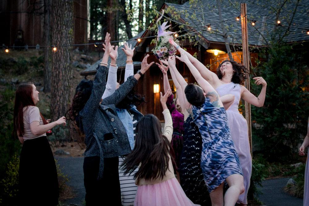 yosemite-evergreen-lodge-wedding-emilychris (84).jpg