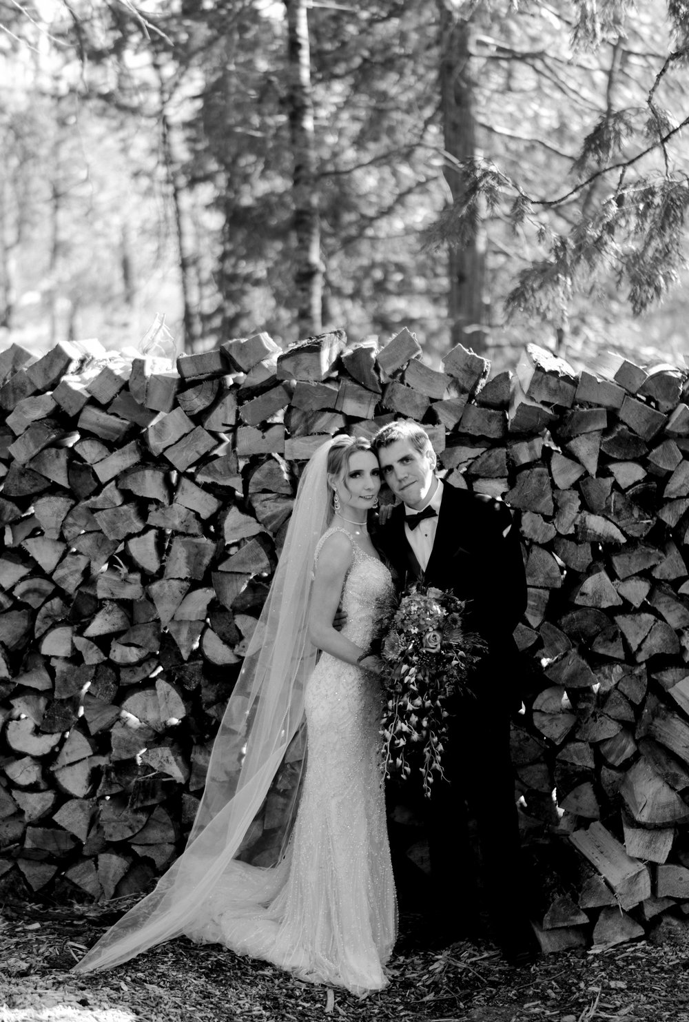 yosemite-evergreen-lodge-wedding-emilychris (89).jpg