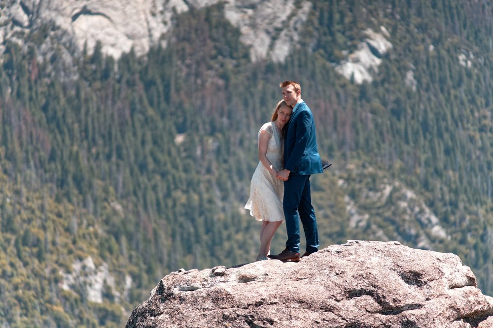 yosemite-wedding-glacier-point-alisonscott (215).jpg