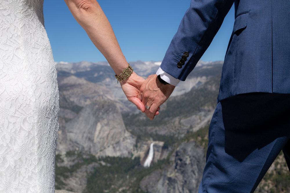 Yosemite-Wedding-photography-lisa-james (9).jpg