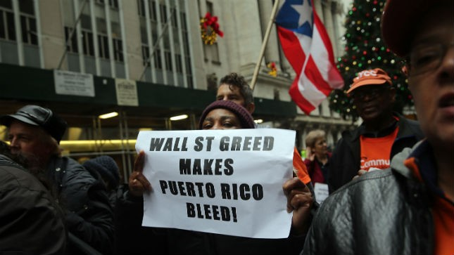 puertoricodebtprotest01152015getty.jpg