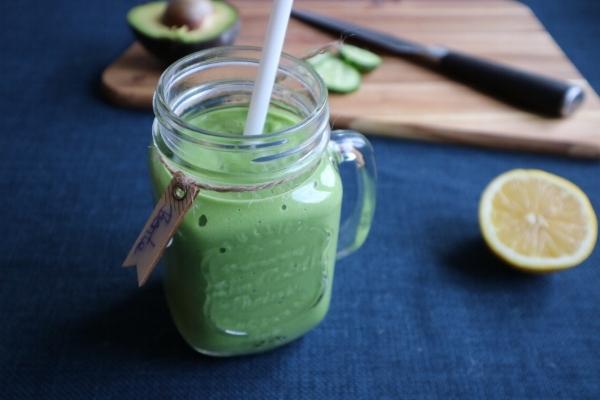 Min grønne morgen smoothie. 100% alkaline. Antiinflammatorisk energibombe, sprængfyldt med næring