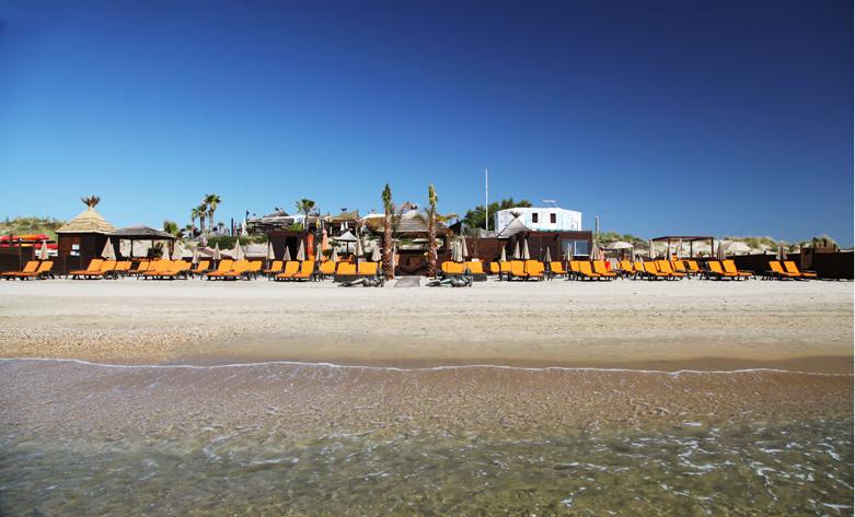 Paralia Beach mer.jpeg