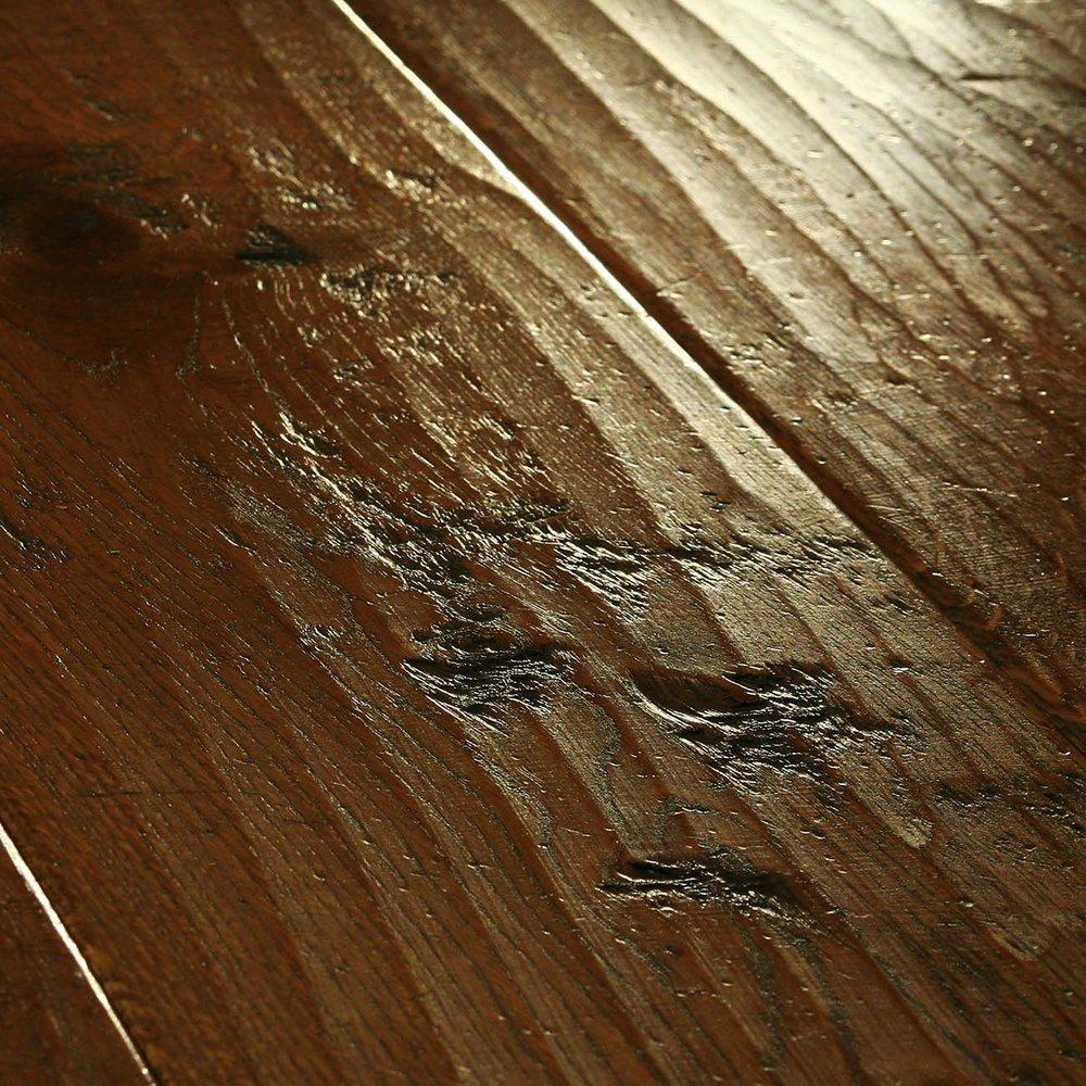 Luxury flooring and furnishing