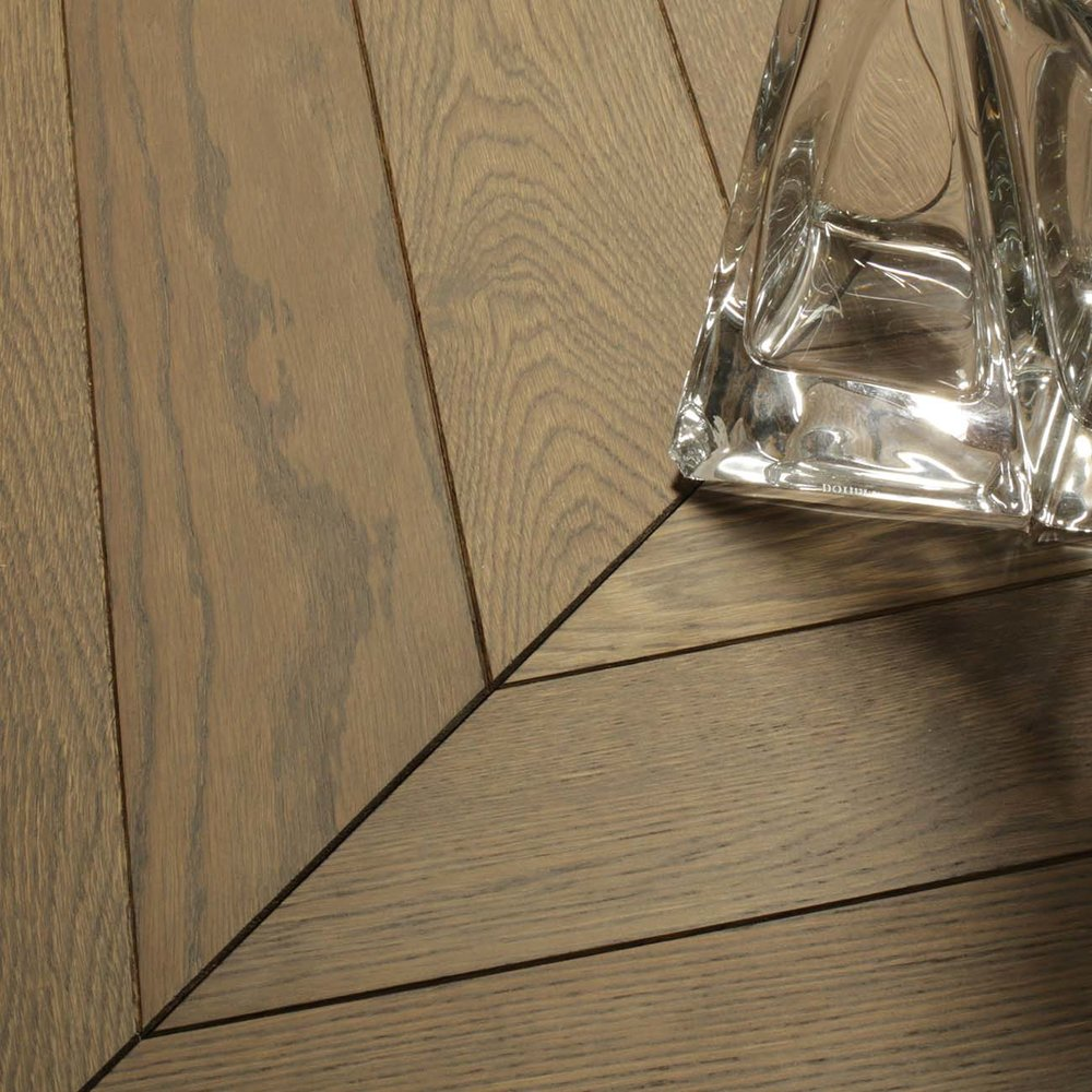 3 chevron parquet wooden flooring-1.jpg
