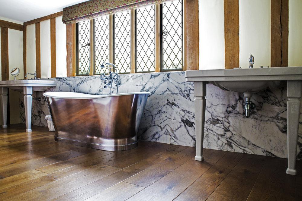 Underfloor heating systems for wooden floors