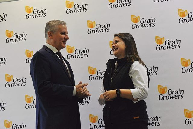 Thanks Deputy Prime Minister @m_mccormackmp for giving me a few tips before my presentation to @graingrowers @innovation.generation conference #IG18