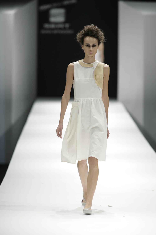 Lara_Torres_2007_MIMESIS_I_desfile20.JPG
