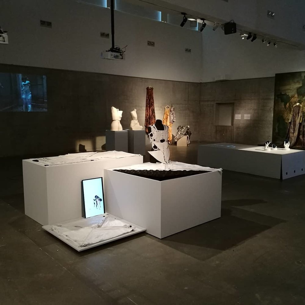 Transfashional Kalmar - Can art and fashion respond to burning societal issues about economics, cultural and environment? Can they even create new thinking?On Saturday 26/5, transfashional opens at kalmar art museum - experimental fashion in relation to contemporaryart.http://www.kalmarkonstmuseum.se/exhibition/transfashional/