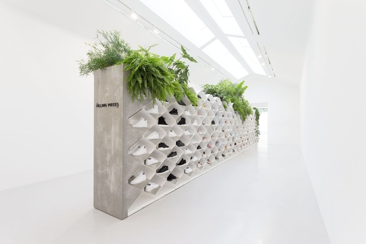 Filling Pieces showroom in Paris