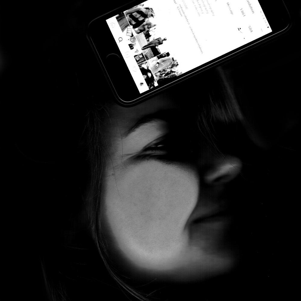 Lisa Centeno - Social MediaHat noch immer einen Myspace Account und glaubt fest an die Rückkehr von StudiVZ. Hat neben Kommunikation auch Nostalgie und Idealismus studiert.