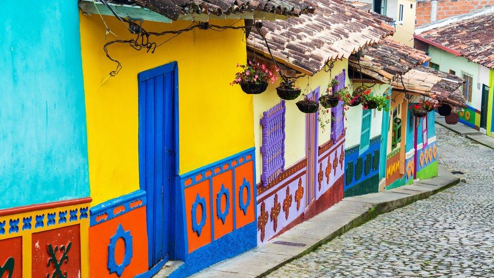 Das ist Kolumbien für uns - bunt und kulturell