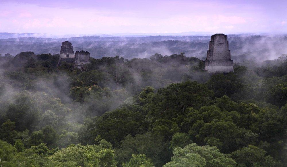 Tikal National Park, UNESCO Weltkulturerbe, ist der perfekte Ort um die faszinierende Maya-Kultur kennenzulernen.