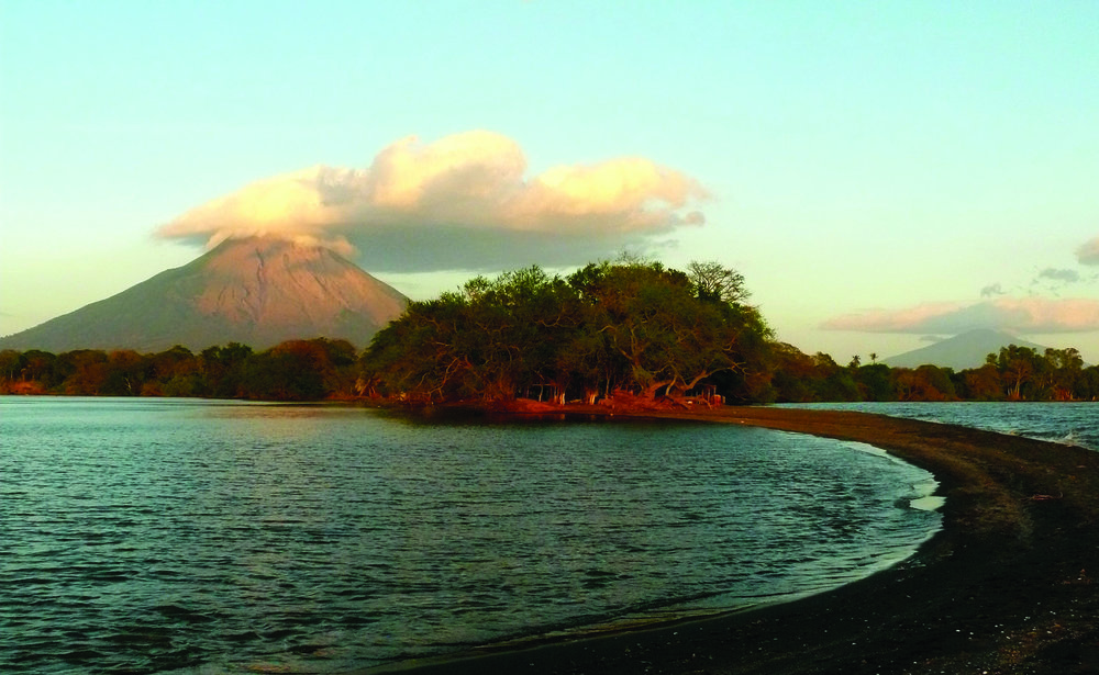 Nicaragua truly is the land of volcanoes, we cannot count the many perfect picture spots there are…