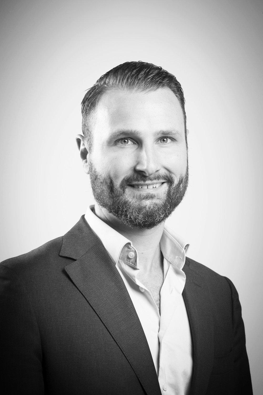 Jeroen Kuilman Associate Professor of Management & Vice-Dean Education Tilburg University, The Netherlands