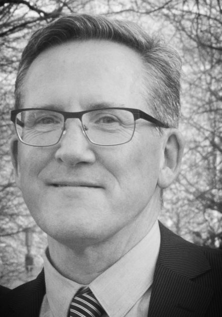 James Small Scientific Director, Tilburg Center of Entrepreneurship (TCE) Tilburg University, The Netherlands