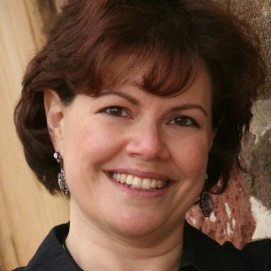 Regina Lian Iulo, Founding President of Financial Comfort