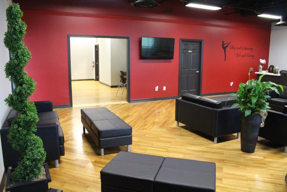 AxisDanceStudio_Facility3.jpg