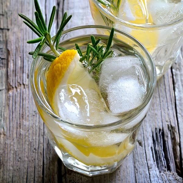 Hop Vodka Soda Just add a splash of soda and your favourite garnish. Enjoy!