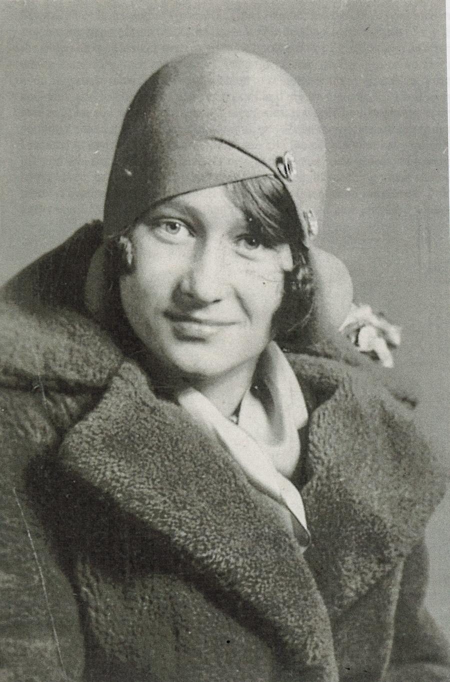 Photo I Never Took - Tutu in cloche hat
