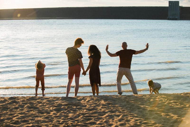 goofy unique family photo