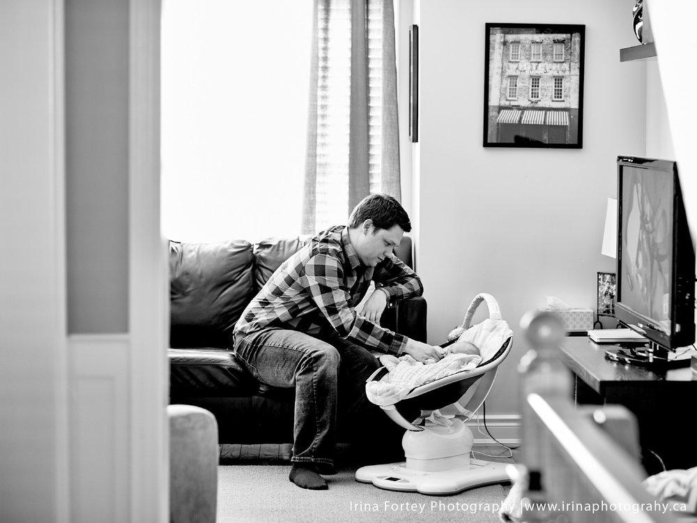 TorontoNewbornPhotographer_4.jpg