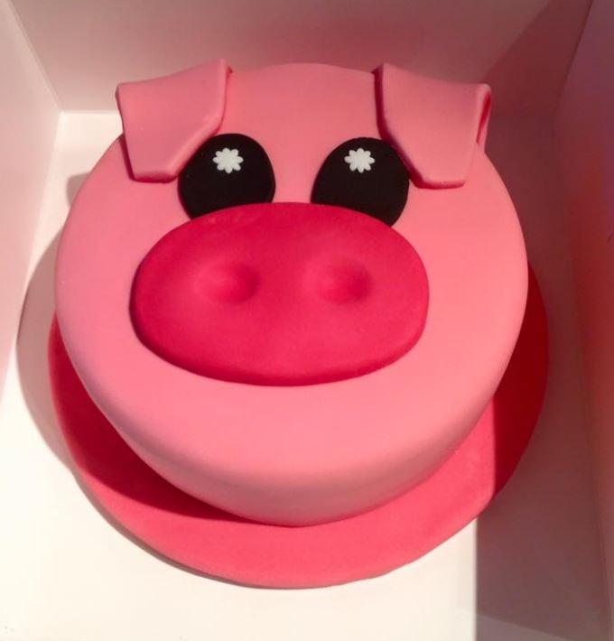 Piggy Pig Cake